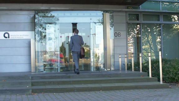 Geschäftskundenberater (m/w/d) für selbständige Heilberufe